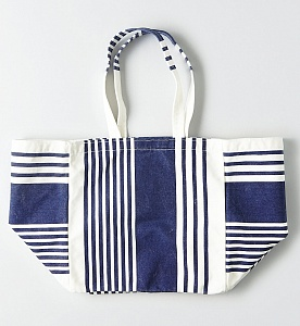 AEO Oversized Canvas Tote
